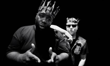 run-the-jewels-crown-360-0001