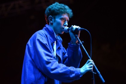 King-Krule-at-Beach-Slang-1477315547-640x427