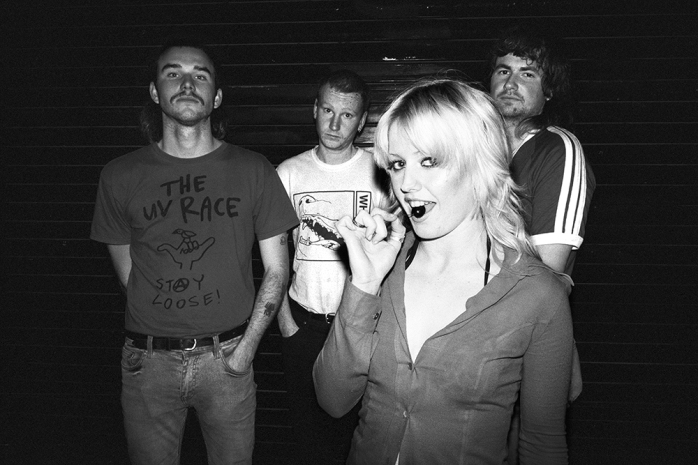 amyl_and_the_sniffers_02